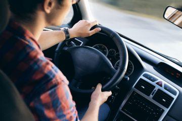 Capa de postagem Automobilística